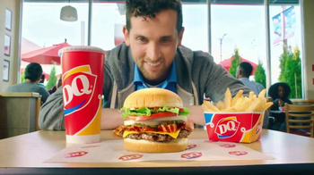 Dairy Queen Deluxe Bacon Cheeseburger TV Spot, '$5 Buck Lunch: Best Reward'