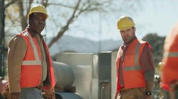 Dr. Scholl's Massaging Gel TV Spot, 'Construction Workers' - Thumbnail 8