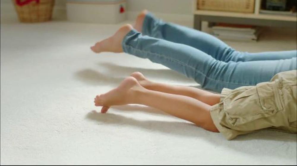 Resolve Carpet Cleaner TV Commercial, u0026#39;Donu0026#39;t Avoid Your Carpetu0026#39; - iSpot.tv