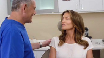 Meaningful Beauty TV Spot, 'Age Gracefully' Featuring Cindy Crawford