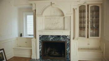 Quicken Loans Rocket Mortgage TV Spot, 'Fireplace' - Thumbnail 3