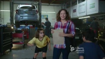Liberty Mutual Mobile Estimates TV Spot, 'Quick and Easy' - Thumbnail 2
