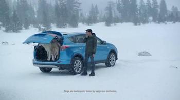 Toyota RAV4 Hybrid TV Spot, 'Wolf Pack' Featuring James Marsden - Thumbnail 6