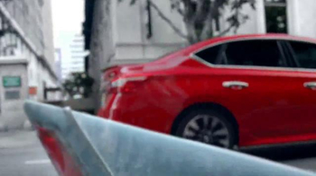 2016 Nissan Sentra TV Spot, 'Shark' [Spanish]