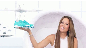SKECHERS Skech-Knit TV Spot, 'El futuro' con Brooke Burke-Charvet [Spanish]