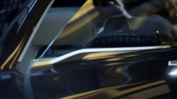 Cadillac TV Spot, 'Pedestal' - Thumbnail 6