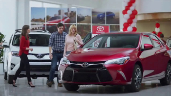 Toyota 1 For Everyone Sales Event TV Spot, '2017 Camry' - Thumbnail 1