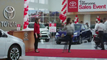 Toyota 1 For Everyone Sales Event TV Spot, 'Balloons: Sienna & Highlander' - Thumbnail 10
