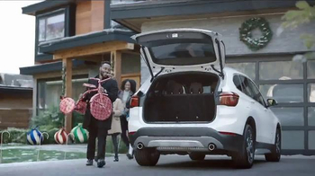 2017 BMW X3 xDrive28i TV Spot, '2016 Holidays: The Road Home'