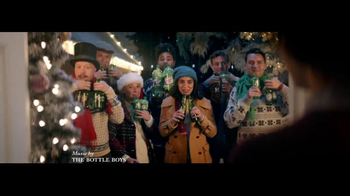 7UP TV Spot, 'Carolers: Salvation Army'