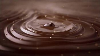 Hershey's Kisses Deluxe TV Spot, 'Say More' Song by Ellen Once Again - Thumbnail 5