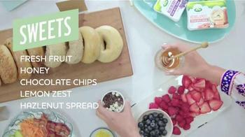 Arla Cream Cheese TV Spot, 'Bagel Bar' - Thumbnail 8