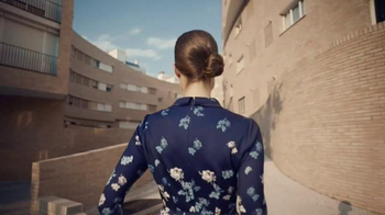 Amazon TV Spot, 'Now Delivering Fashion' Song by Vitalic