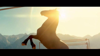2017 Nissan Titan TV Spot, 'Day Shift: Cash Back'