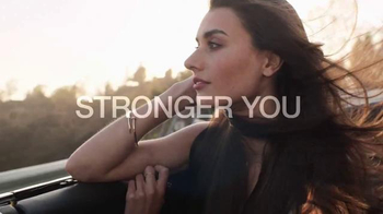 Garnier Fructis Grow Strong TV Spot, 'Longer Hair'
