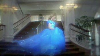 Walt Disney World Resort TV Spot, 'Magic All Around: Holiday Room'