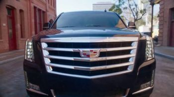 Cadillac Made to Move 2017 Clearance Event TV Spot, 'Perfect Fit: Escalade' - Thumbnail 4