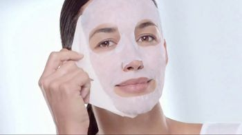 Garnier SkinActive Moisture Bomb Sheet Masks TV Spot, 'Super Hydrating' - 1410 commercial airings