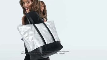 Victoria's Secret TV Spot, 'Weekender Bag Gifts' Song by Ofenbach