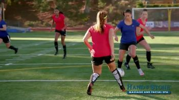 Hand & Stone TV Spot, 'De-Stress: Christmas in July' Featuring Carli Lloyd