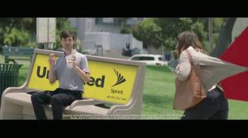 Sprint Unlimited TV Spot, 'Don't Get Hooked: Draggin' Maggie'