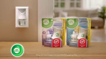 Air Wick Scented Oil Warmer TV Spot, 'Voted Product of the Year' - Thumbnail 6