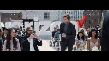 Verizon Unlimited TV Spot, 'Live Wedding: Pixel' Ft. Thomas Middleditch