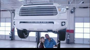 Firestone Complete Auto Care TV Spot, 'Lift'