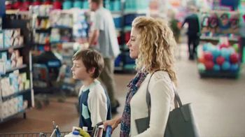 Walmart TV Spot, 'Shop Fast, Check Out Faster' Song by Bonnie Tyler - Thumbnail 3
