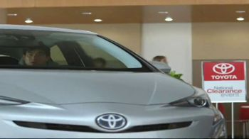 Toyota National Clearance Event TV Spot, 'Could Be Yours: 2017 Tundra' - Thumbnail 5