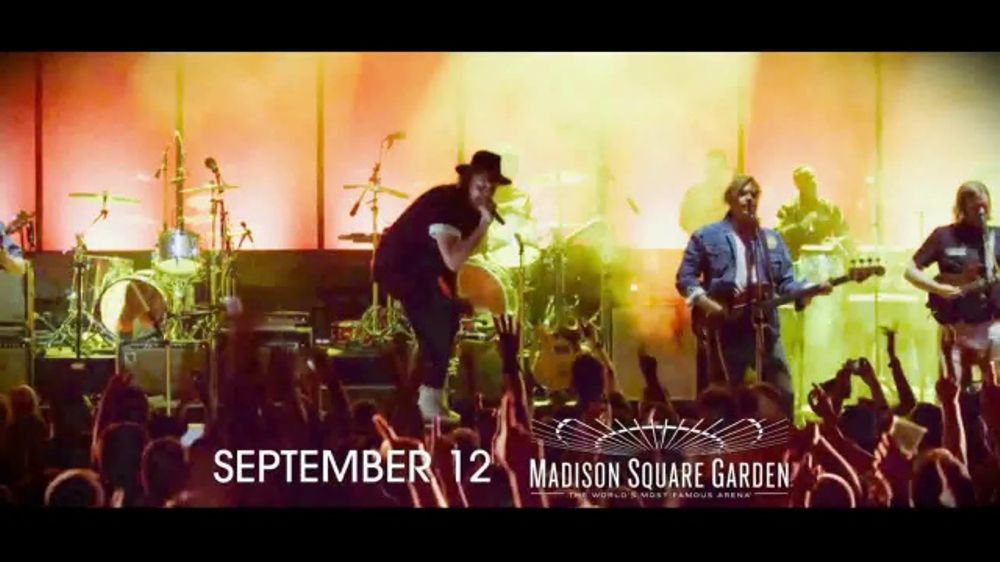 Arcade fire infinite content 2017 tv commercial 39 madison square garden 39 for Arcade fire madison square garden