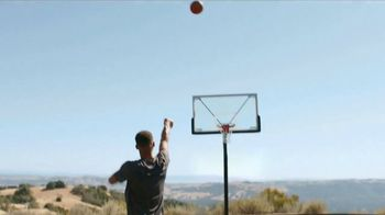 2018 Infiniti Q50 TV Spot, 'Feeling of Performance' Featuring Stephen Curry - Thumbnail 5