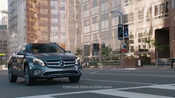 2018 Mercedes-Benz GLA TV Spot, 'Getaway'