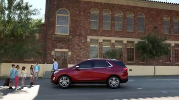 2018 Chevrolet Equinox LT TV Spot, 'Everybody, Everywhere'