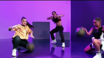 Target TV Spot, 'Bailemos, TargetStyle' canción de DJ Afro [Spanish] - Thumbnail 5