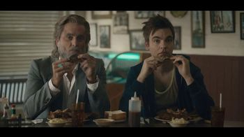 Carl's Jr. Baby Back Rib Burger TV Spot, 'Rib Joint' Feat. Charles Esten
