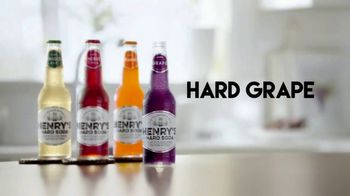 Henry's Hard Soda TV Spot, 'The Crew' - Thumbnail 2