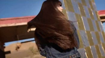 Garnier Fructis Sleek & Shine TV Spot, 'Super Sleek Hair' Song by ZZ Top