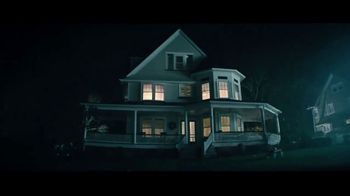 Esurance Mobile App TV Spot, 'Haunted House' - Thumbnail 4