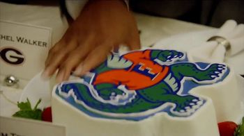 Nissan TV Spot, 'ESPN: Heisman Homecoming' Feat. Tim Tebow, Song by Poison - Thumbnail 5