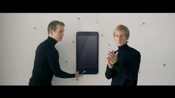 Motorola Moto Z Droid TV Spot, 'Hellomoto: Free Projector Mod'
