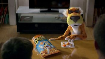 Cheetos Mix-Ups Xtra Cheezy Mix TV Spot, 'Mix Things Up' - Thumbnail 3