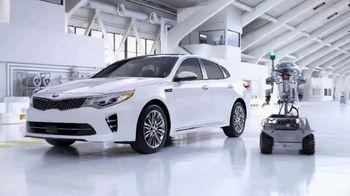 Kia Fall Savings Time TV Spot, 'Robot-Tested Smart Trunk Technology'