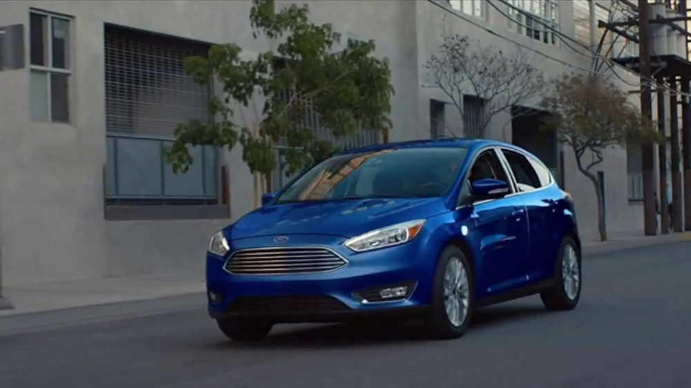 Ford Focus TV Commercial, 'Cats and Dogs' Song by Link ...