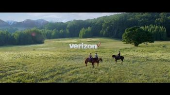Verizon Unlimited TV Spot, 'Horse: Four Lines' Featuring Thomas Middleditch - Thumbnail 8