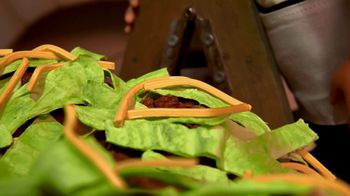 Taco Bell National Taco Day TV Spot, 'Glen and the Magic Taco' - Thumbnail 5
