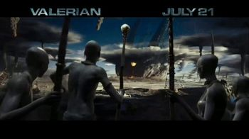 Valerian and the City of a Thousand Planets - Alternate Trailer 16