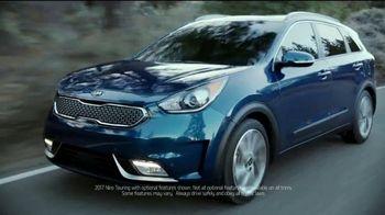Kia Fall Savings Time TV Spot, 'Breakthroughs' - Thumbnail 2