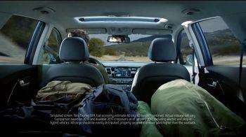 Kia Fall Savings Time TV Spot, 'Breakthroughs' - Thumbnail 5