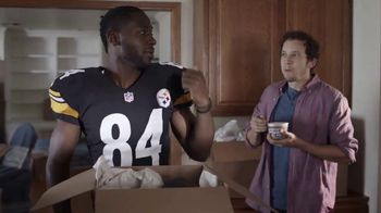 Campbell's Chunky Maxx Soup TV Spot, 'Moving In With Antonio Brown'